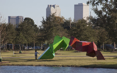 Grateful Labors, 2008. Aluminum with automotive paint, 10 x 25 x 9 feet. Collection of City Park New Orleans.